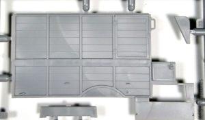 1/35  Model T 1917 Ambulance (early) - ICM