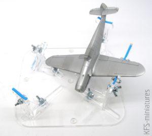 Airbrush jigs - Vertigo Miniatures