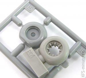 1/72 B-24 wheels - Eduard