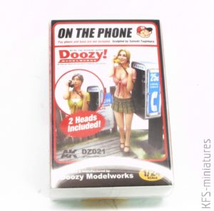 1/24 Doozy Series: On The Phone - AK Interactive