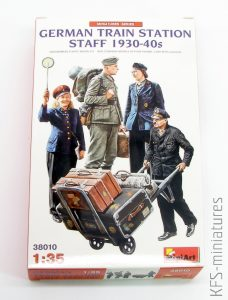 1/35 German Railstation staff - MiniArt