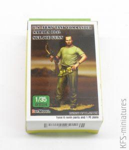 1/35 U.S. Tank Commander in desert w/base - Sgt. Joe Gunn - Def.Model
