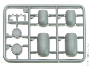 1/35 Plastic Barrels & Cans - MiniArt