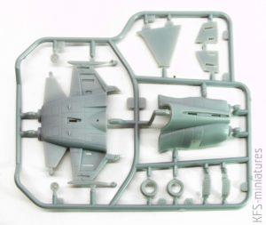 "EGG F-5 Tiger II US Navy VFC 111 ""Sundowners"" F-5E & F-5F - Freedom Model Kits"