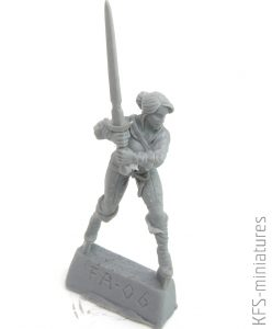 28mm Greatsword Girl - Brother Vinni